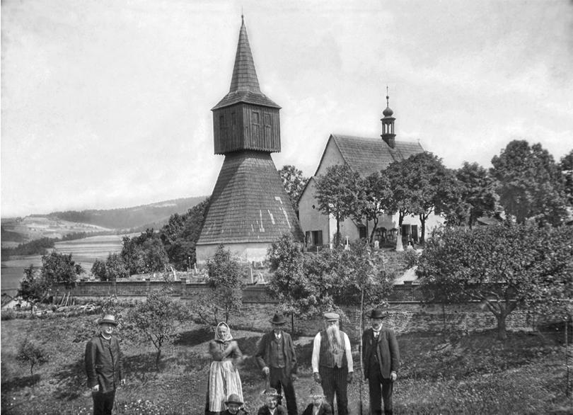 Zvonice Rtyně v Podkrkonoší z let 1592 - 1594